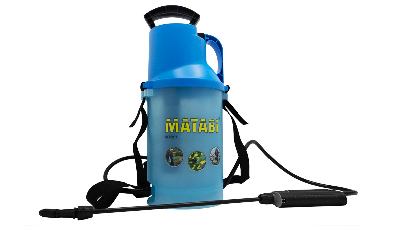 over the shoulder strap sprayer