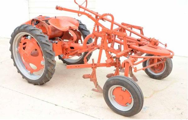 Allis G Tractor