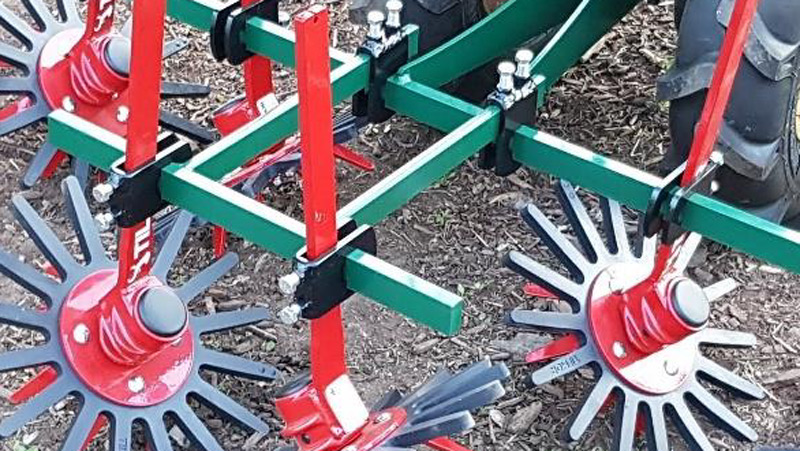 Center Hitch with Finger Weeders